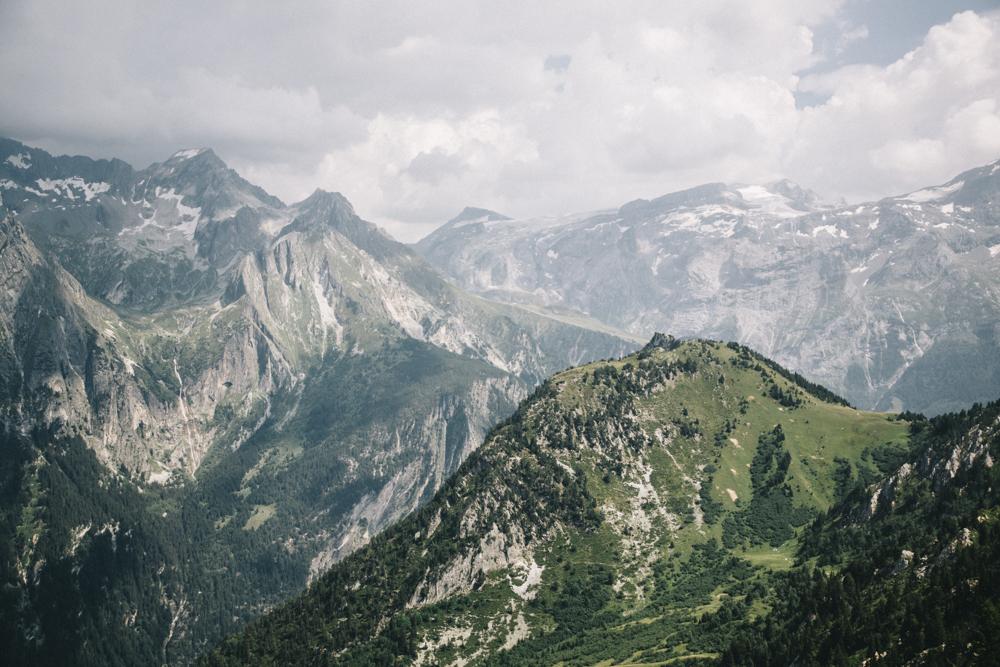 Les glaciers du parc national de la Vanoise depuis la dent du Villard. crédit photo : Clara Ferrand - blog Wildroad