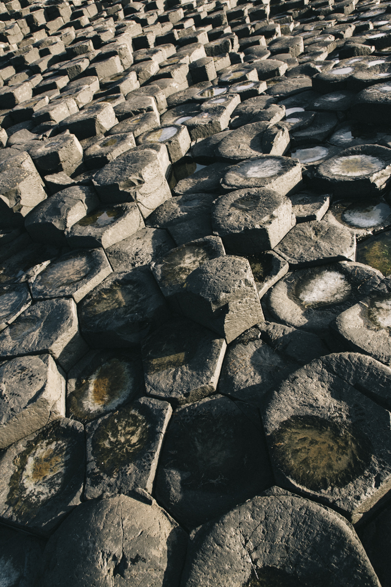 formation volcanique en basalte hexagone giant's causeway