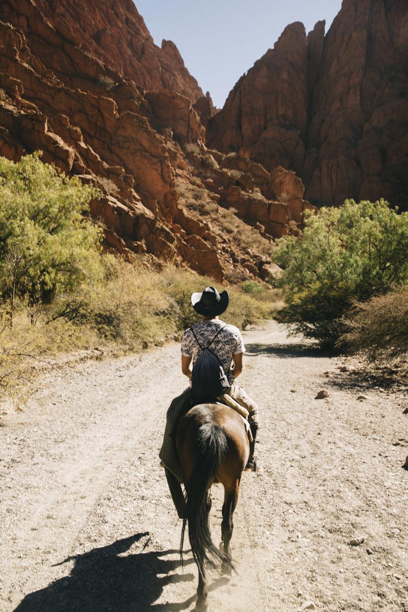 Sur son cheval à Tupiza