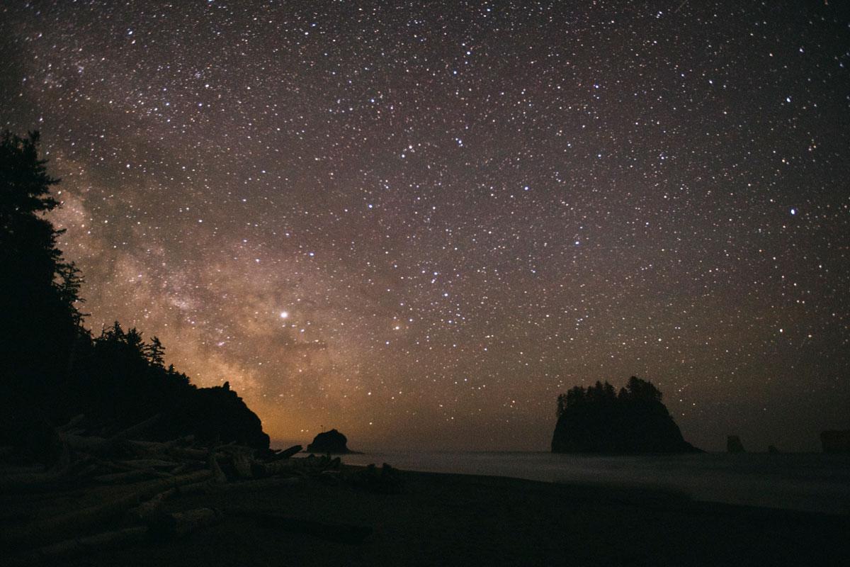 Voie Lactée sur la plage de Second beach Péninsule Olympique Washington