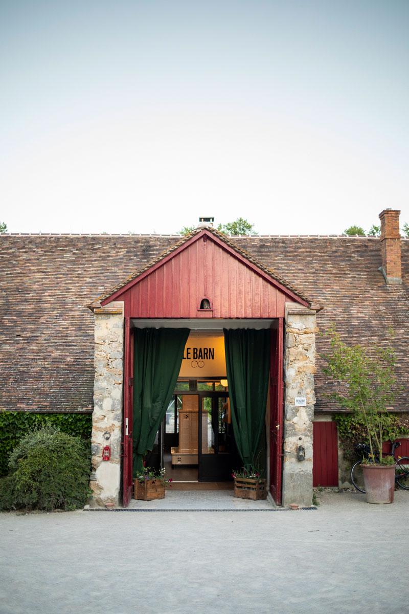 l'entrée du Barn hôtel, ancienne bergerie