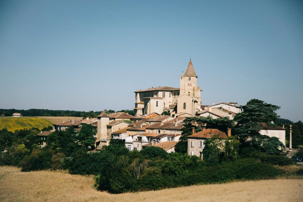le village de Lavardens et son château