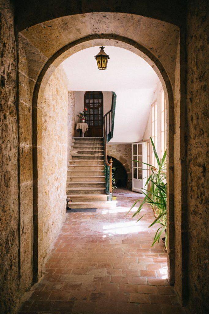 cours interieur hotel particulier Lectoure