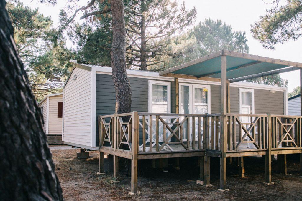 Bungalow du camping le Roussillonnais