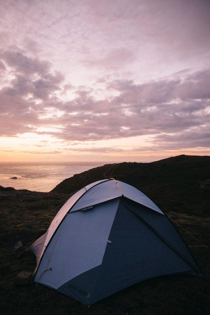 coucher de soleil sur notre tente en Normandie
