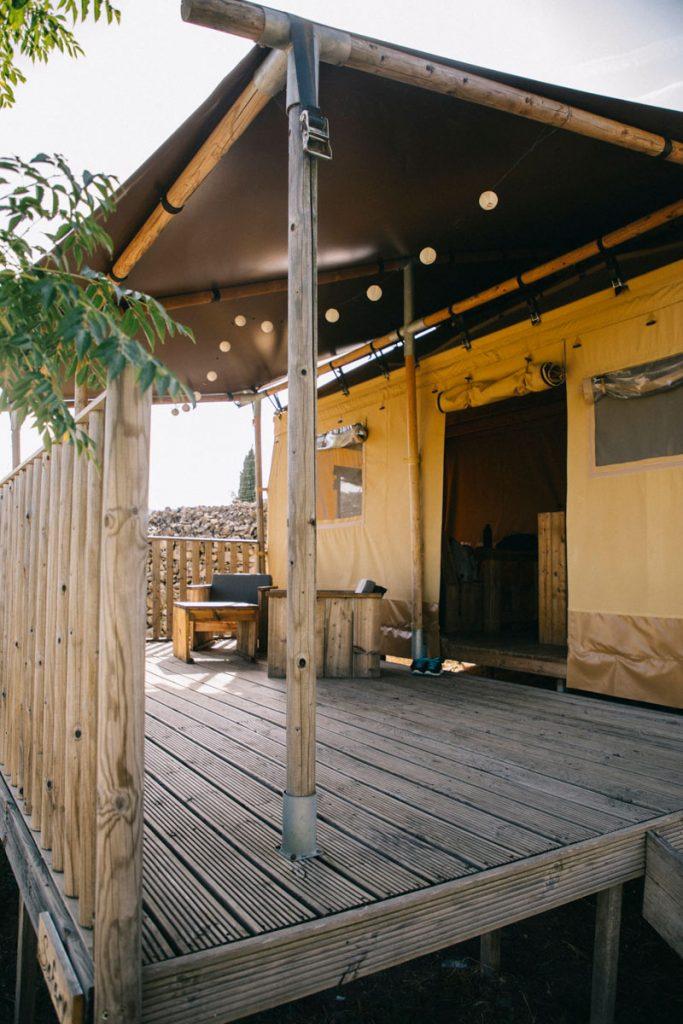 les lodge canadiens du camping du Caroux dans le parc régional du Haut-Languedoc