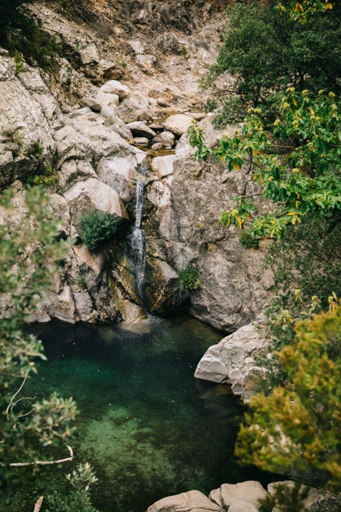 petite cascade dans les gorges d'Héric