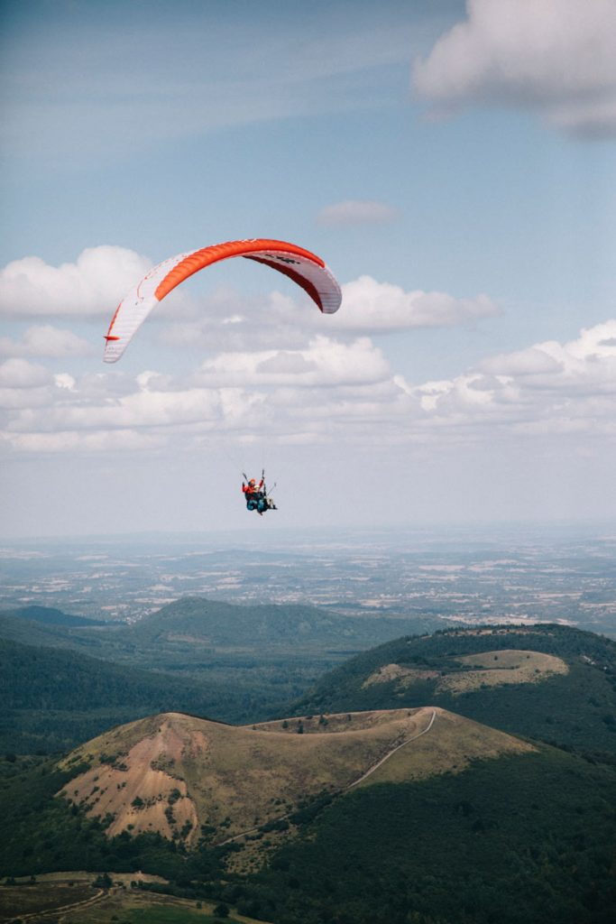 faire du parapente avec Aero parapente au puy de Dôme