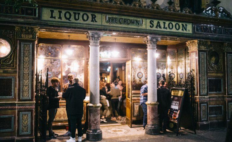 The Crown Liquor Saloon l'un des meilleurs bar de Belfast