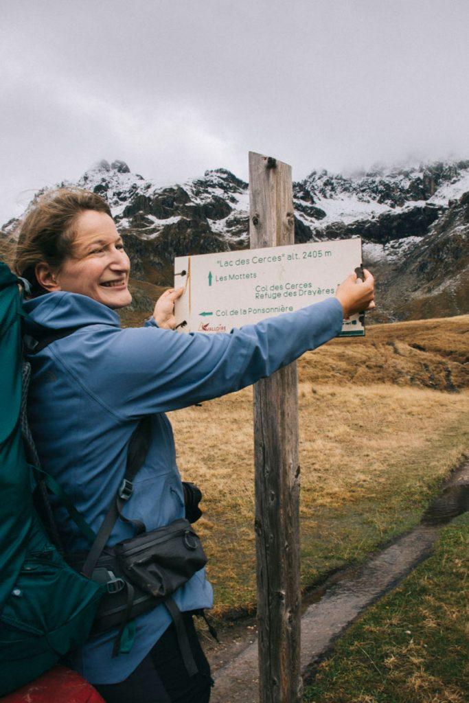 les panneau d'indication de la randonnée du lac des Cerces