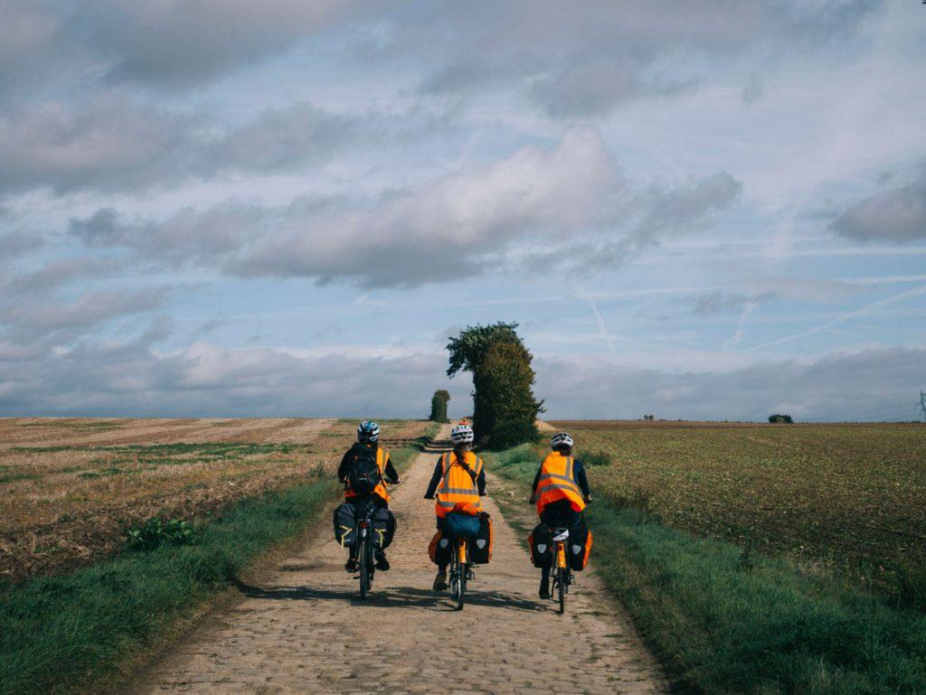 aventure eà vélo la madjacques entre copines