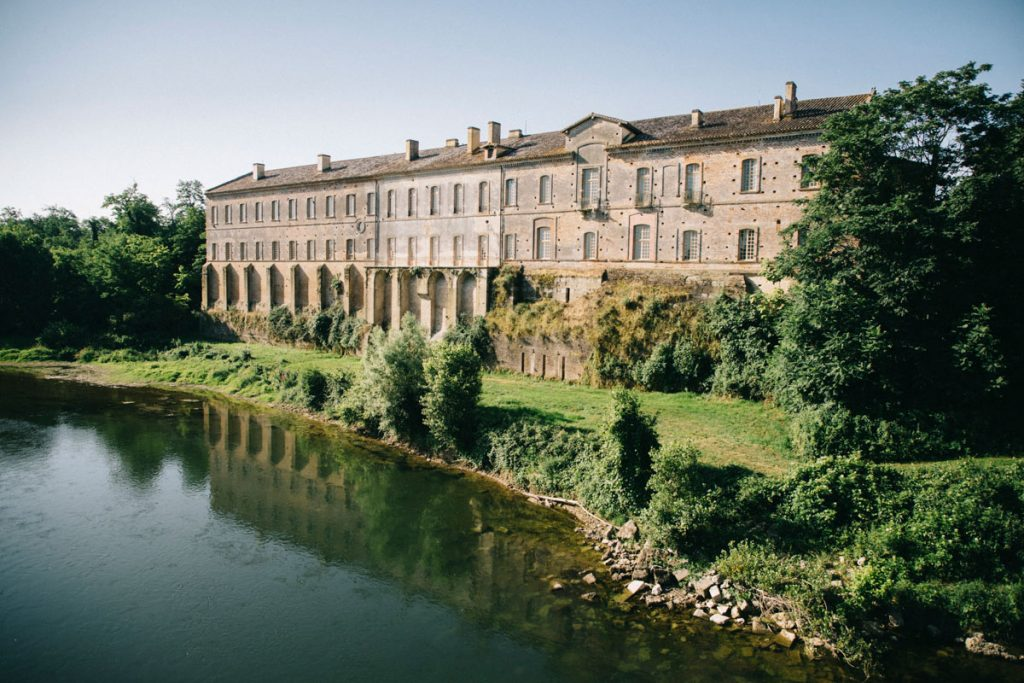l'abbaye de Belleperche et la Garonne