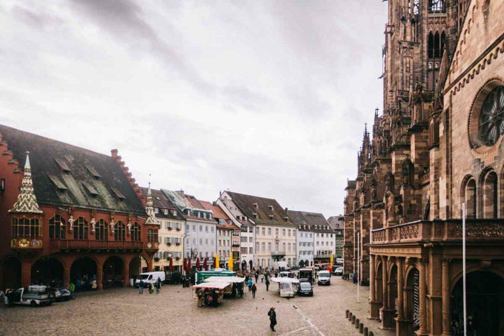 visiter le Munster market à Fribourg