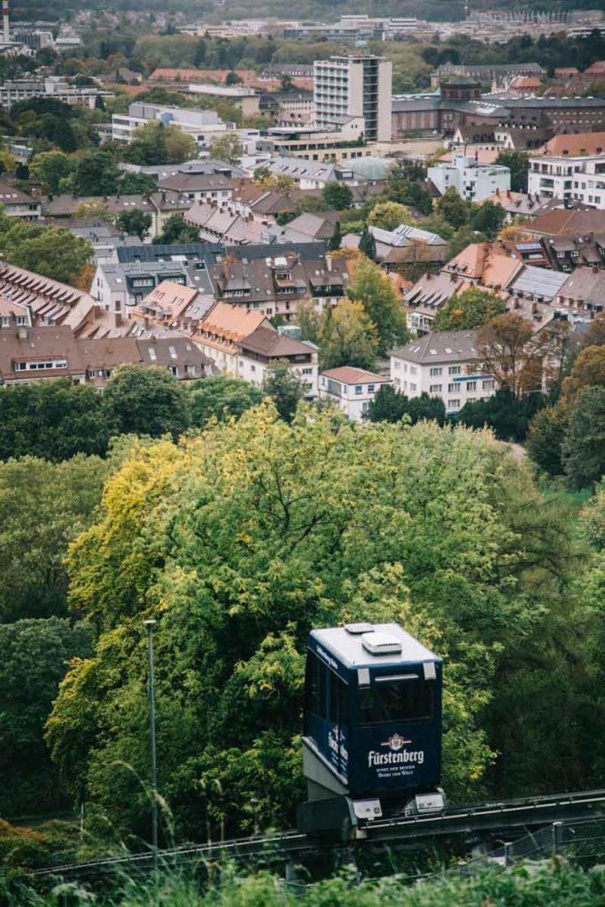accéder au Schlossberg en tram
