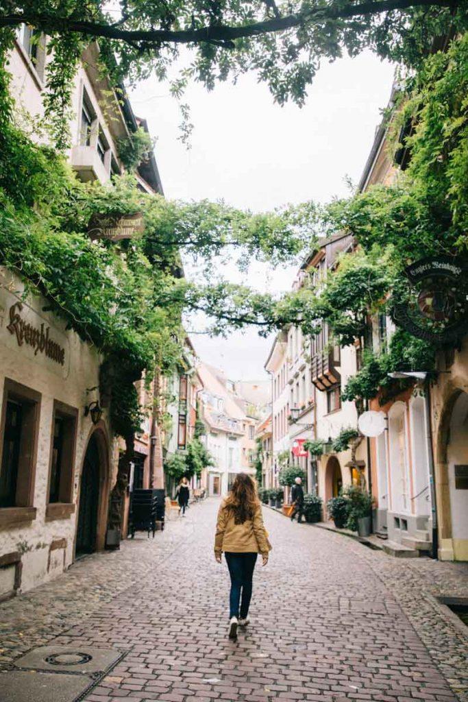 ruelle de charme à Fribourg en un jour