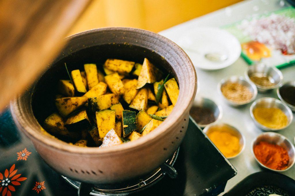 faire un cours de cuisine pour apprendre à cuisiner comme un local au Sri Lanka