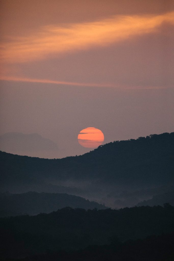 sunset sur la vallée depuis Pidurangala