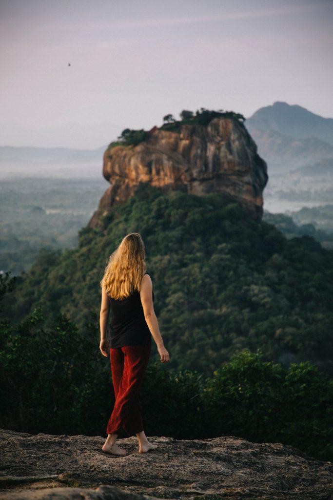 la vue sur Sigiriya depuis Pidurangala