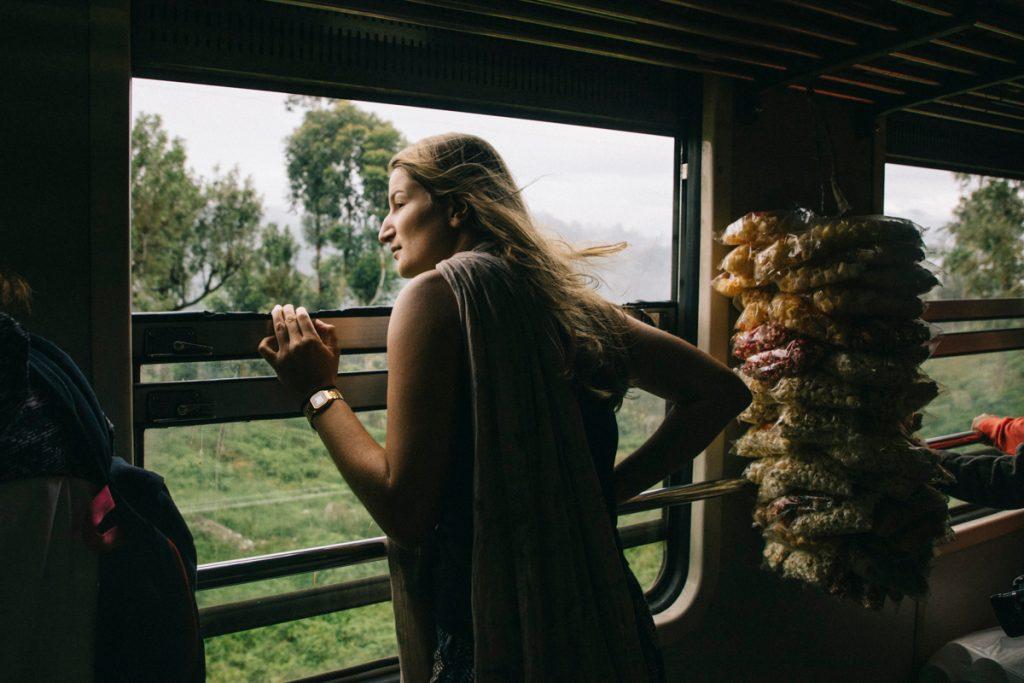 comment se déplacer au Sri Lanka ? bus, train, tuktuk, chauffeur privé