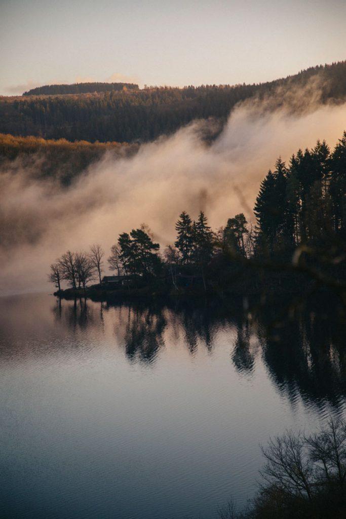 Le barrage de Rurberg dans le parc national 'Eifel