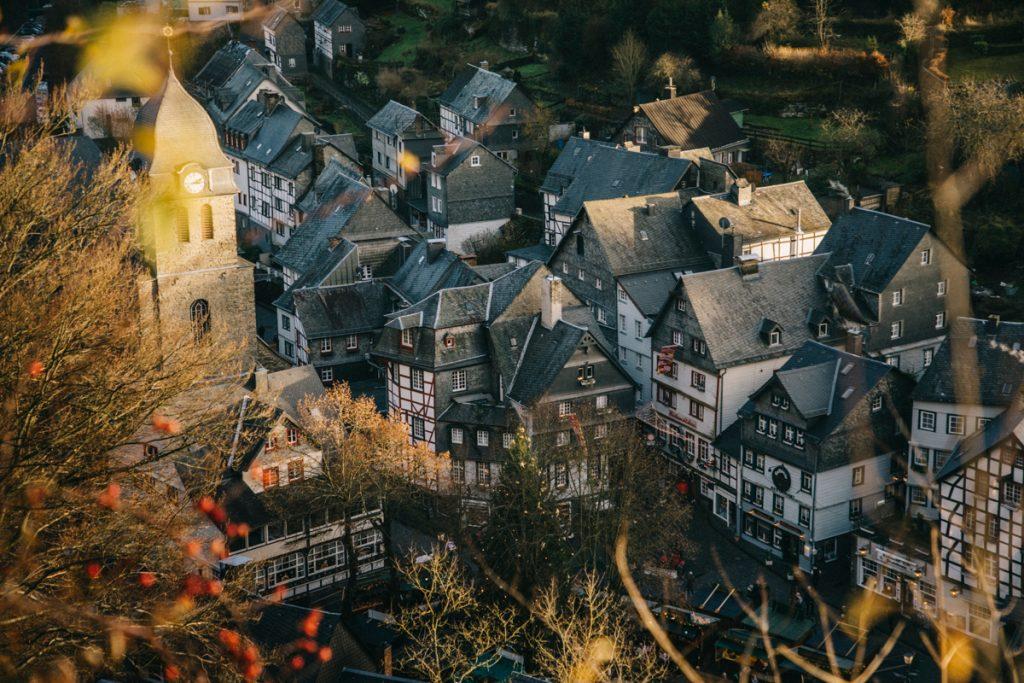 Le meilleur panorama sur la ville de Monschau
