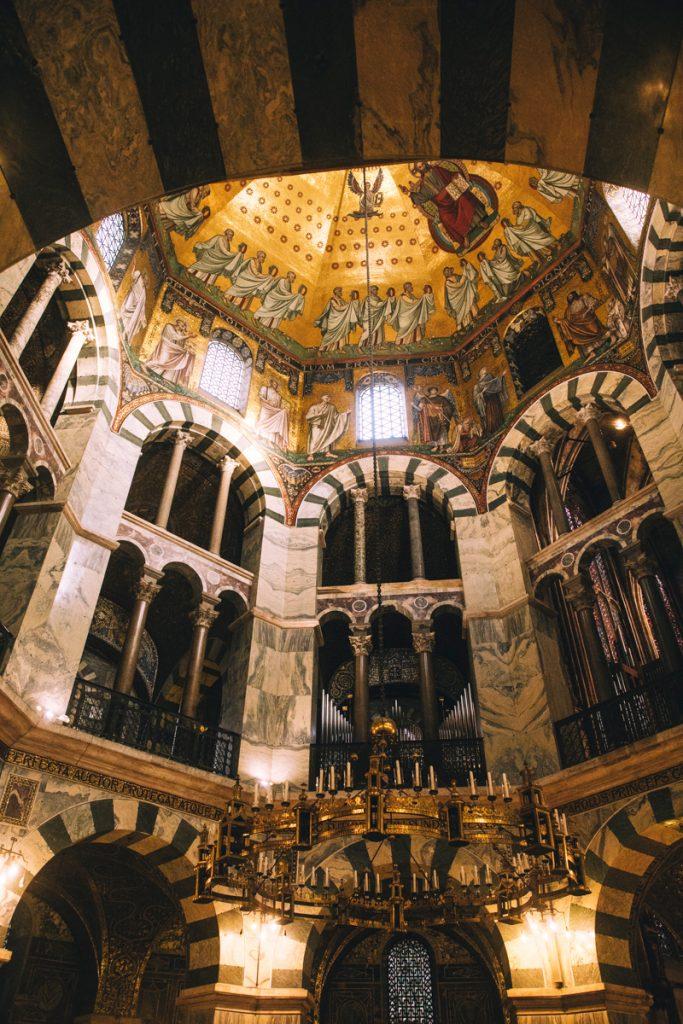 la cathédrale de Aix-La-Chapelle inscrite au patrimoine mondial de l'UNESCO