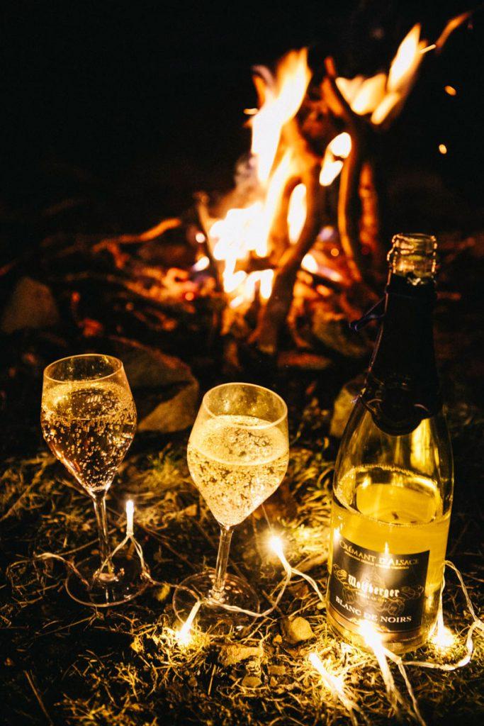 une petit coupe de champagne pour fêter la nouvel année sur notre bivouac