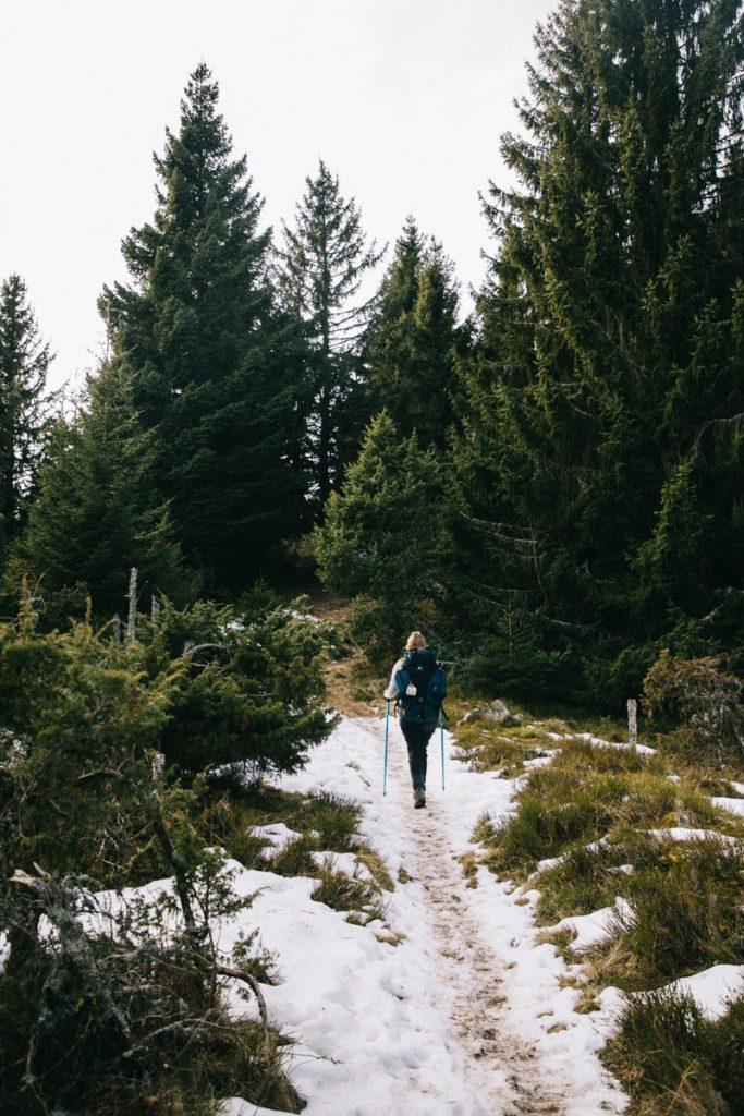 le sommet de hilsenforst dans les Vosges en hiver
