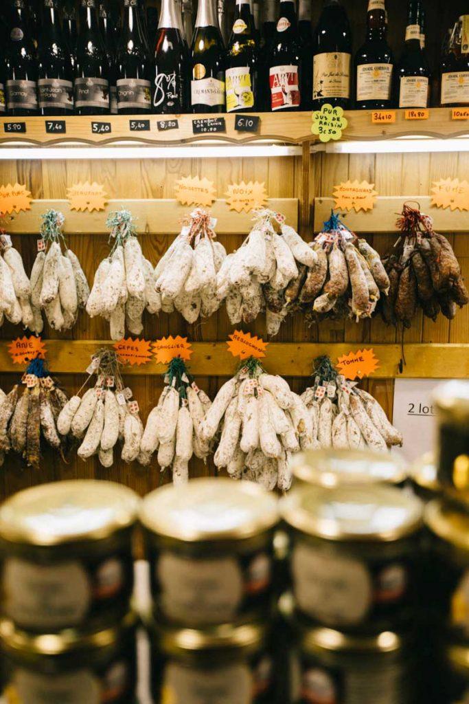 produits locaux vendus à la coopérative dans la galerie Charvin de la station de ski du Corbier