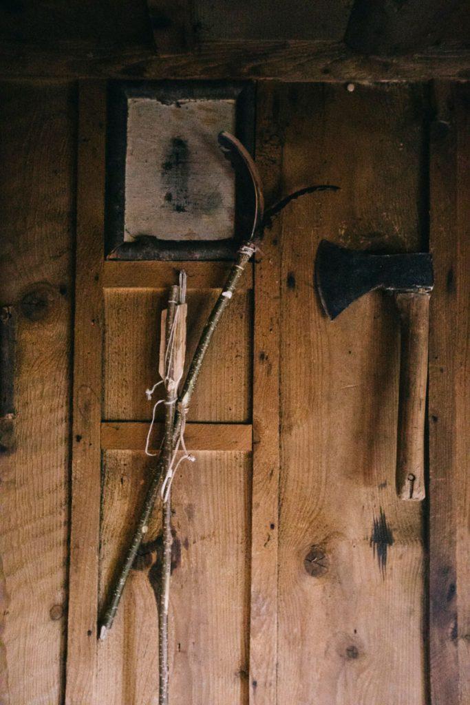 l'intérieur du chalet saint-Hubert et ses décorations