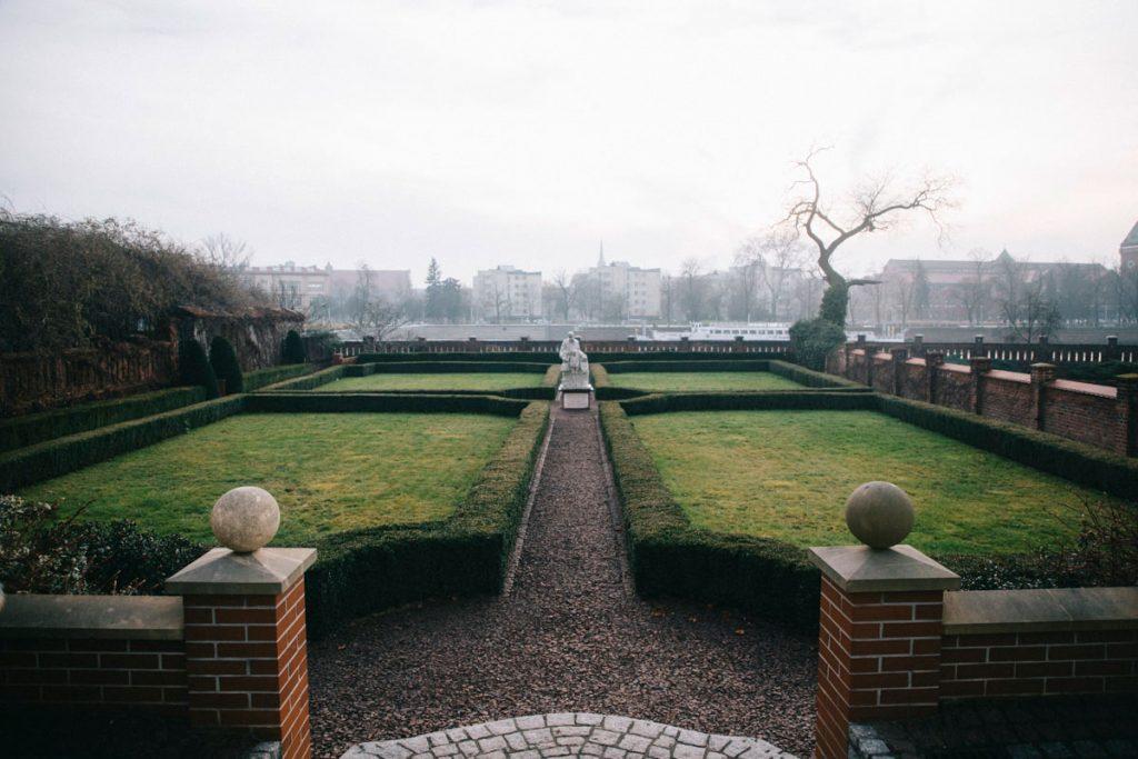 les jardins à la Française de l'île de la cathédrale