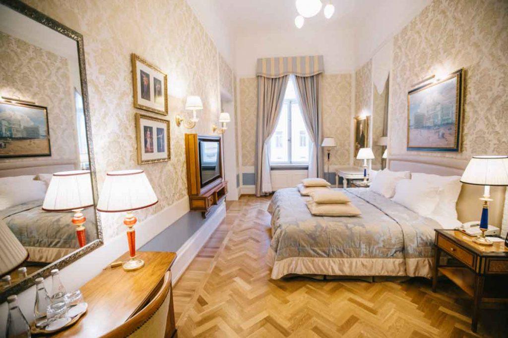 Une des chambre du Grand Hôtel Europe à Saint-Petersbourg
