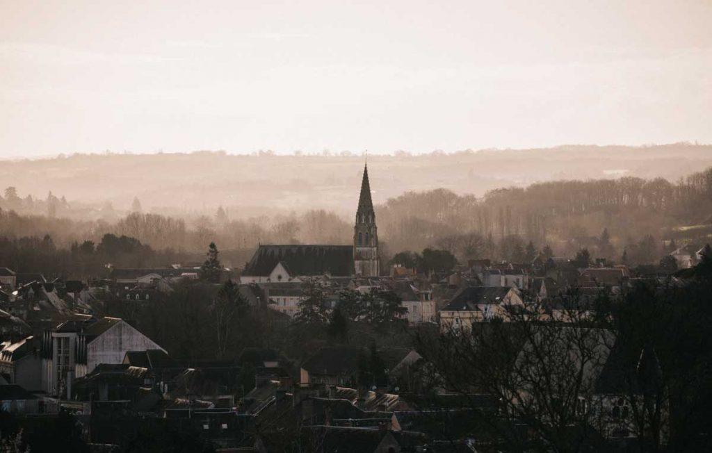 Vue depuis Sain-Marcel sur le village d'Argenton-sur-Creuse dans le Berry. crédit photo : Clara Ferrand - blog Wildroad