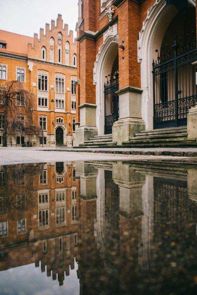 L'université de Cracovie où a étudié Copernic. credit photo : Clara Ferrand - blog Wildroad