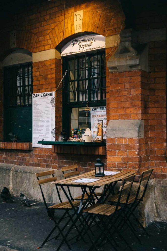 Les pizza polonaise, un produit des fast food polonais à tester dans le quartier de Kazimierz. credit photo : Clara Ferrand