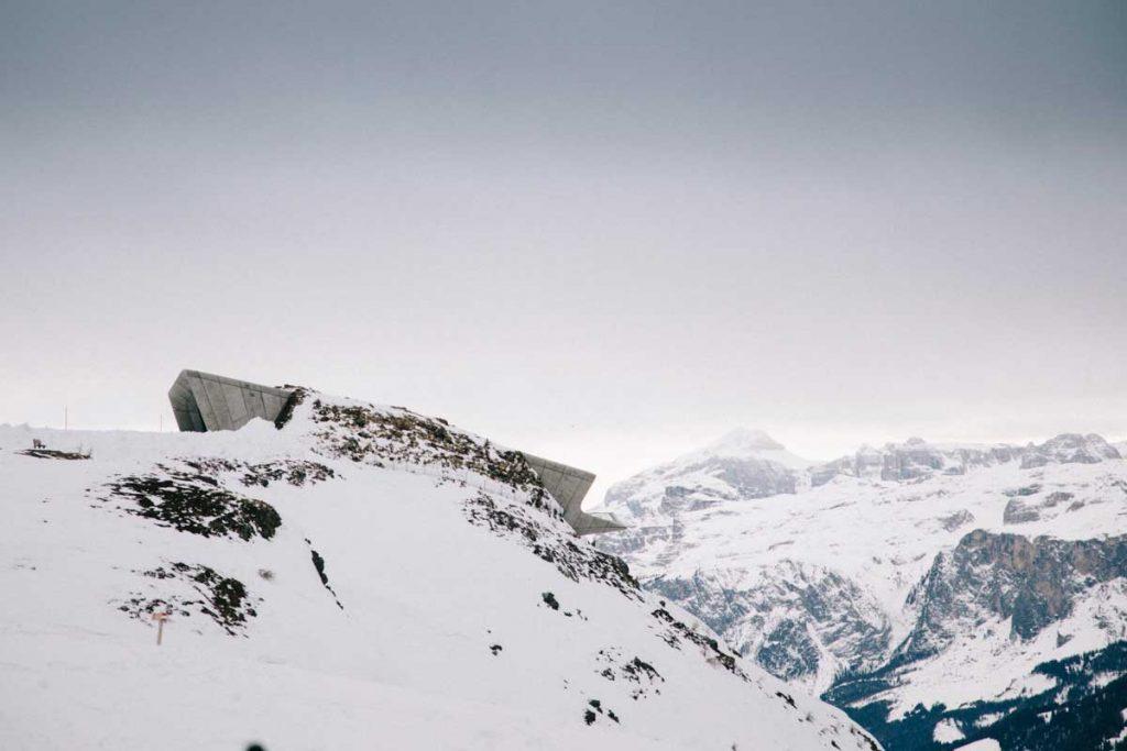 L'hiver dans les Dolomites : visiter le musée de la montagne de Messner à Kronplatz. Credit photo : Clara Ferrand