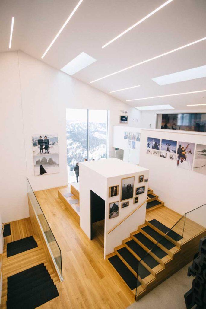 Que faire dans les Dolomites en hiver ? visiter le musée de la photo du LUMEN. crédit photo : Clara Ferrand - blog Wildroad