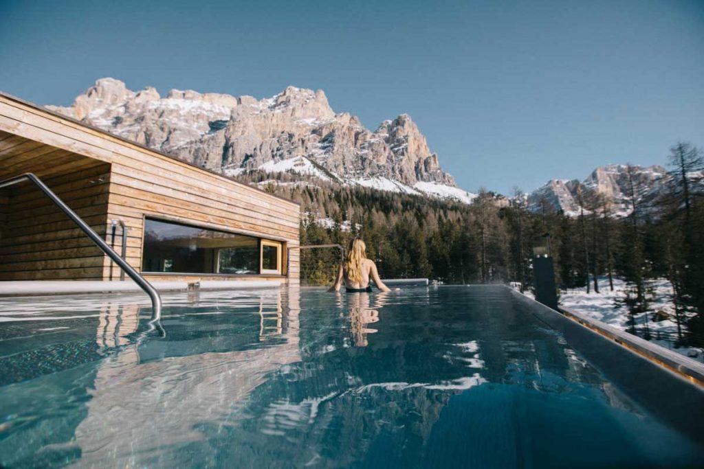 Profiter de l'espace wellness de l'hôtel gran Paradiso aux pieds des montagnes dans le Sud tirol. crédit photo : Clara Ferrand