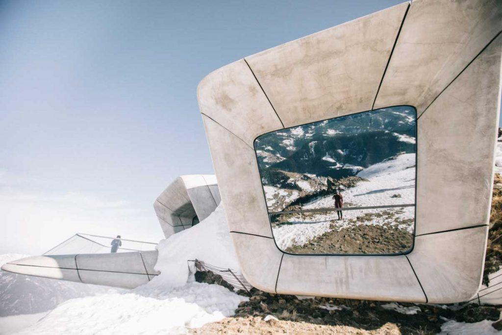 Le musée Messner en haut de Kronplatz dans les Dolomites. credit photo : Clara Ferrand - blog Wildroad