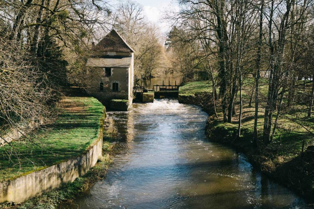 Un ancien moulin dans la vallée de la Creuse dans le Berry. crédit photo : clara Ferrand - blog Wildroad