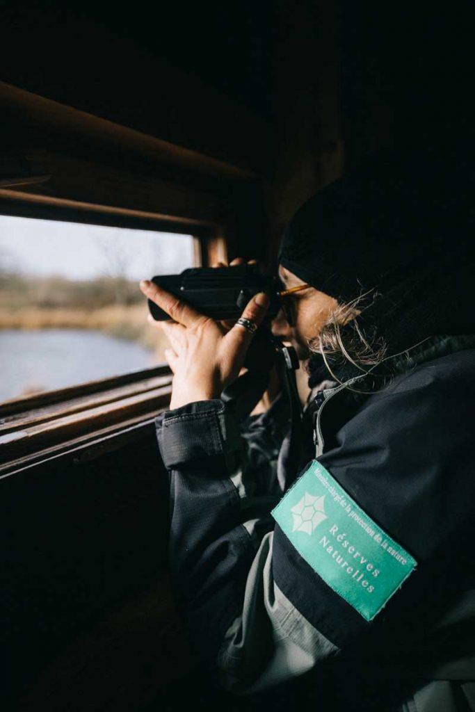 Visite guidée ave un spécialiste dans la réserve naturelle de Chérine dans le Berry. crédit photo : Clara Ferrand - blog Wildroad