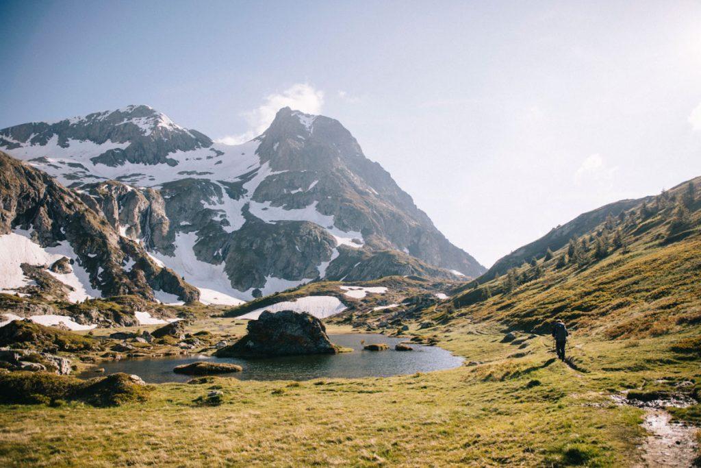 Le plateau des lacs et ses paysages merveilleux au pied du sommet du Taillefer. crédit photo : Clara Ferrand - blog Wildroad