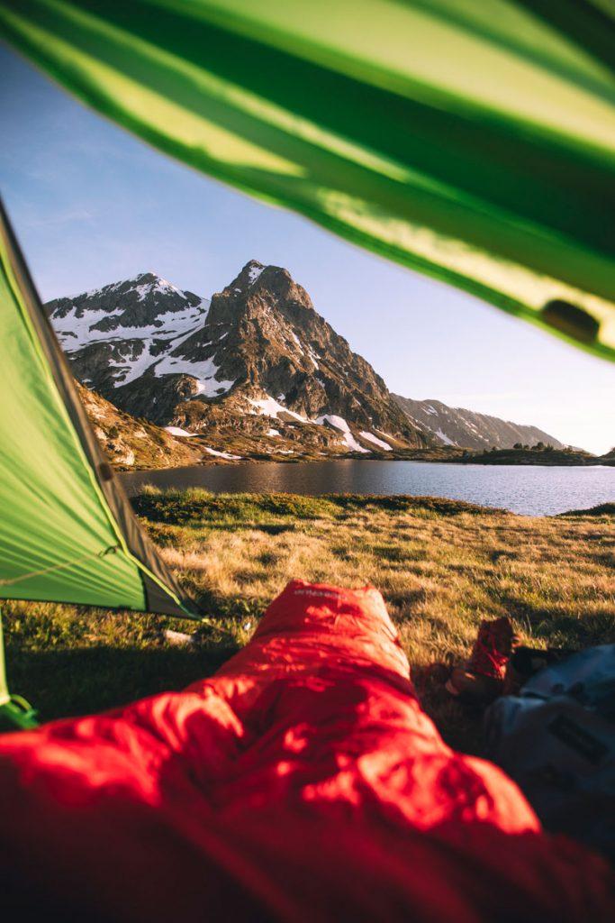 Bivouac et randonnée en Isère dans les Alpes Française. crédit photo : Clara Ferrand - blog Wildroad