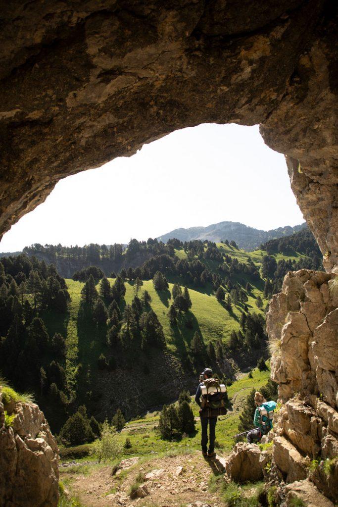 La grotte des soldats français durant le seconde Guerre Mondiale. crédit photo : Clara Ferrand - blog Wildroad