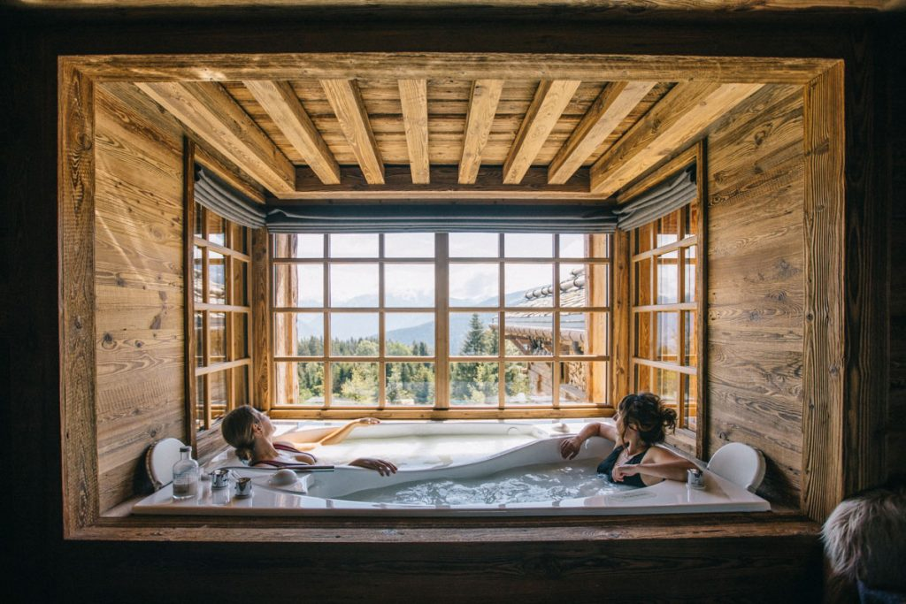 Week-end détente au spa à Meribel dans le refuge de la Traye. crédit photo : Clara Ferrand - blog Wildroad