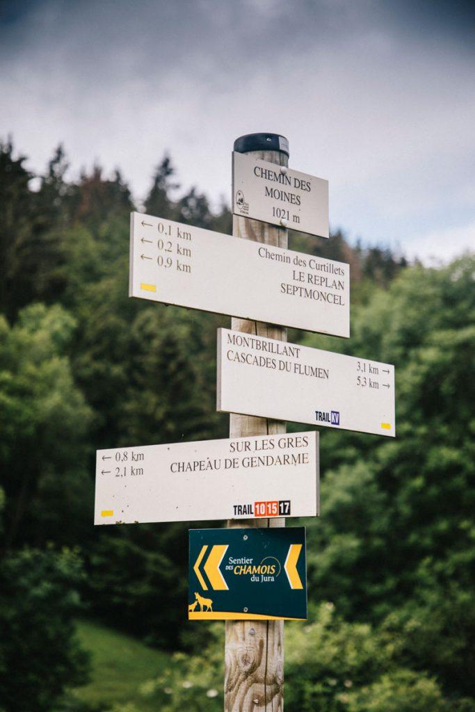 Le chemin es moines pour accéder au belvédère des grès. crédit photo : Clara Ferrand - Blog WIldroad