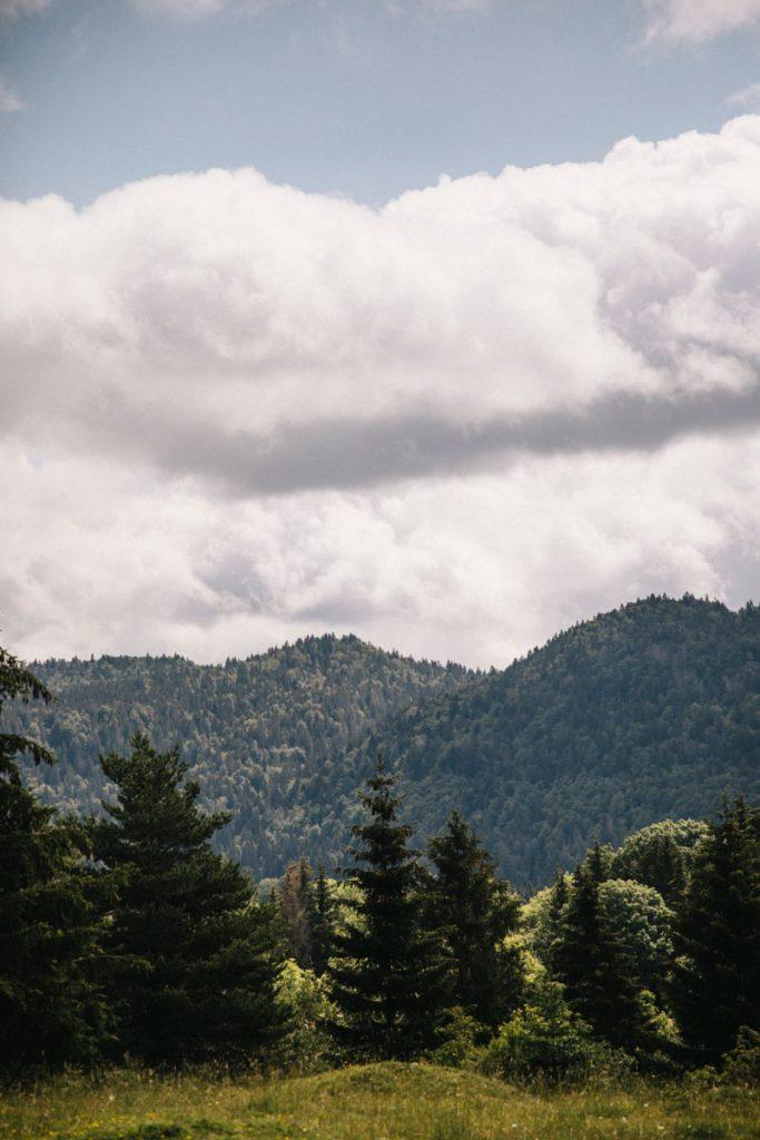 Un trek à faire en 4 jours dans le massif du Jura en France. crédit photo : Clara Ferrand - blog Wildroad
