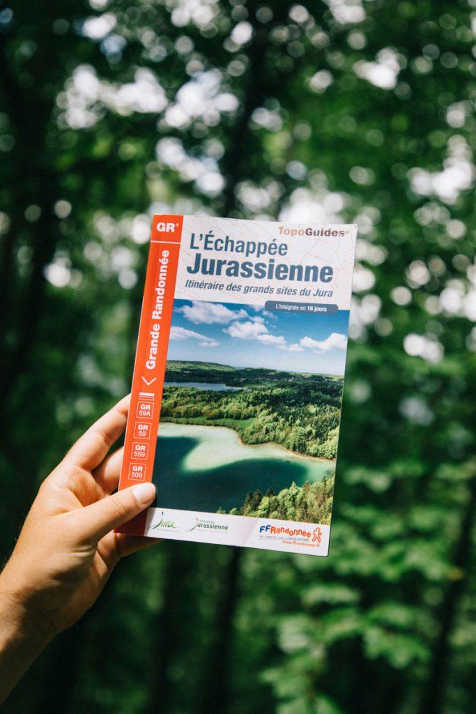 Une idée de randonnée itinérante dans le jure : l'Échappée jurassienne. crédit photo : Clara Ferrand - blog Wildroad