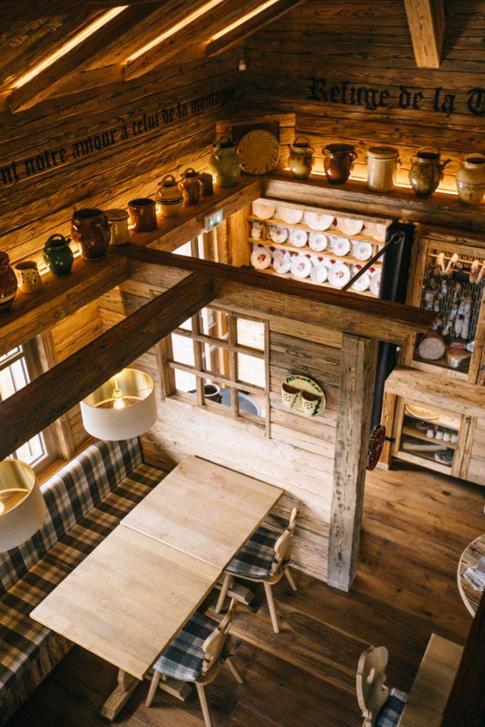 Un restaurant de charme à Meribel. crédit photo : Clara Ferrand - blog Wildroad