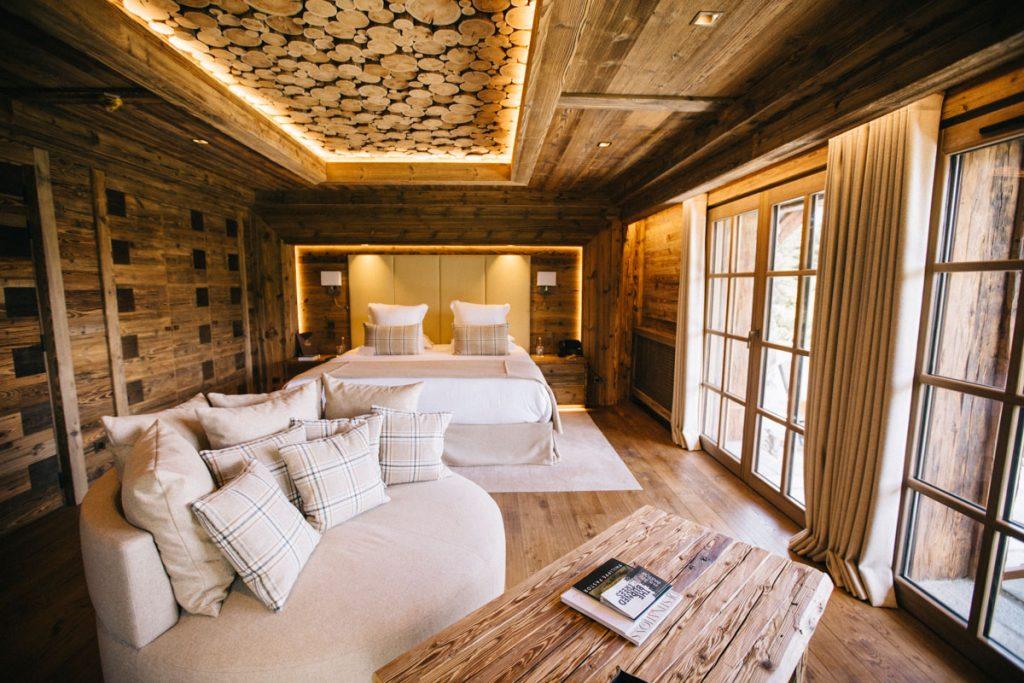 Le refuge de la Traye un hébergement luxe dans les montagnes savoyardes. crédit photo : Clara Ferrand - blog Wildroad #savoie #chalet #refugedelatraye